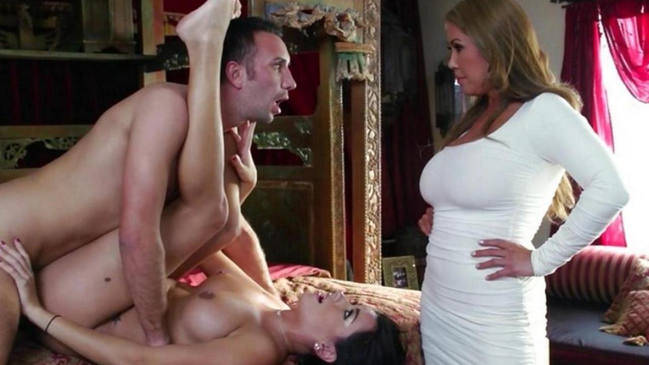удалено просто частное секс фото русских жен понятно, спорю