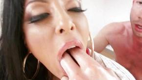Секс кончают и в рот видео brazzers