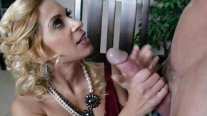krasotka-mamochka-v-porno