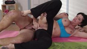 Порно анал грудастые мамочки фильм вояж приглашу